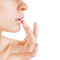 Як доглядати за губами в зимовий період?